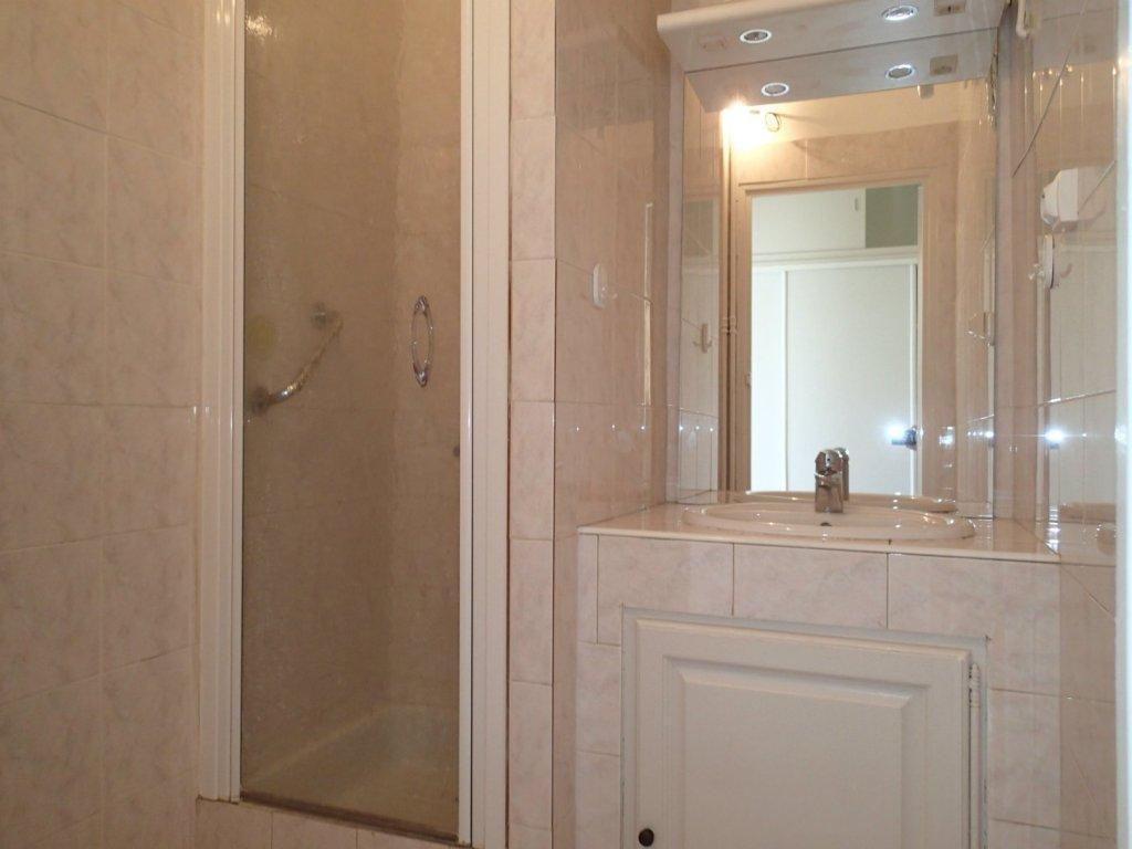 Immobilier marseille 9 achat et location appartement et for Achat maison 13009